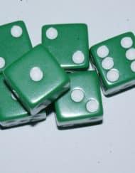 6 Vlakken Dobbelsteen Groen met Grote Witte Stippen 16mm
