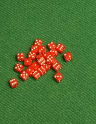 6 Vlakken Dobbelsteen Rood met Witte Stippen 5mm