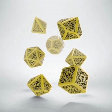 Polydice 7 Dobbelstenenset Yellow & Black Celtic Q-Workshop