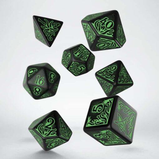 Polydice Set Q-Workshop Call of Cthulhu 7th Edition Black Green